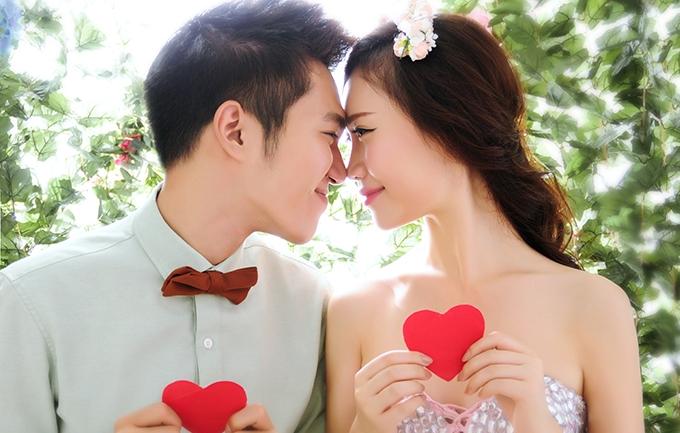 微笑2699元婚纱照