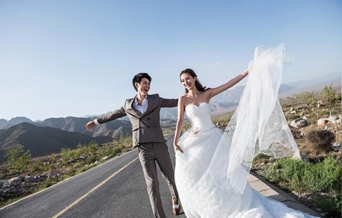 皇家尊爵爱玛4399元婚纱照