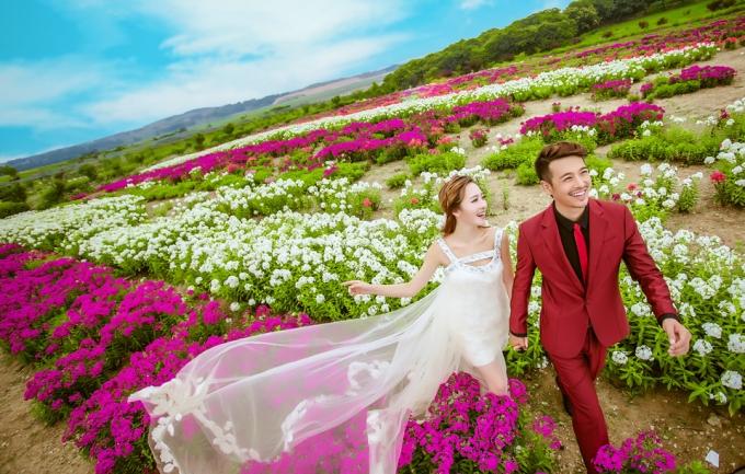 好莱坞国际5288元旅拍式婚纱摄影